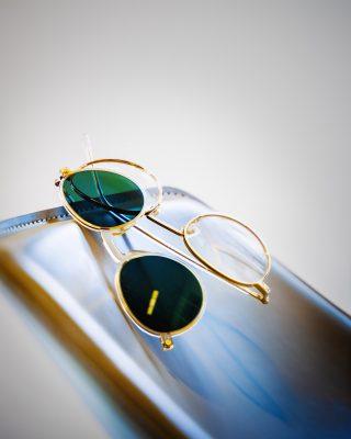Sonnenbrillen Clip mit Brillengestell